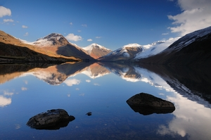 Snow capped mountains at Wastwater (c) Stewart Smith and Cumbria Tourism